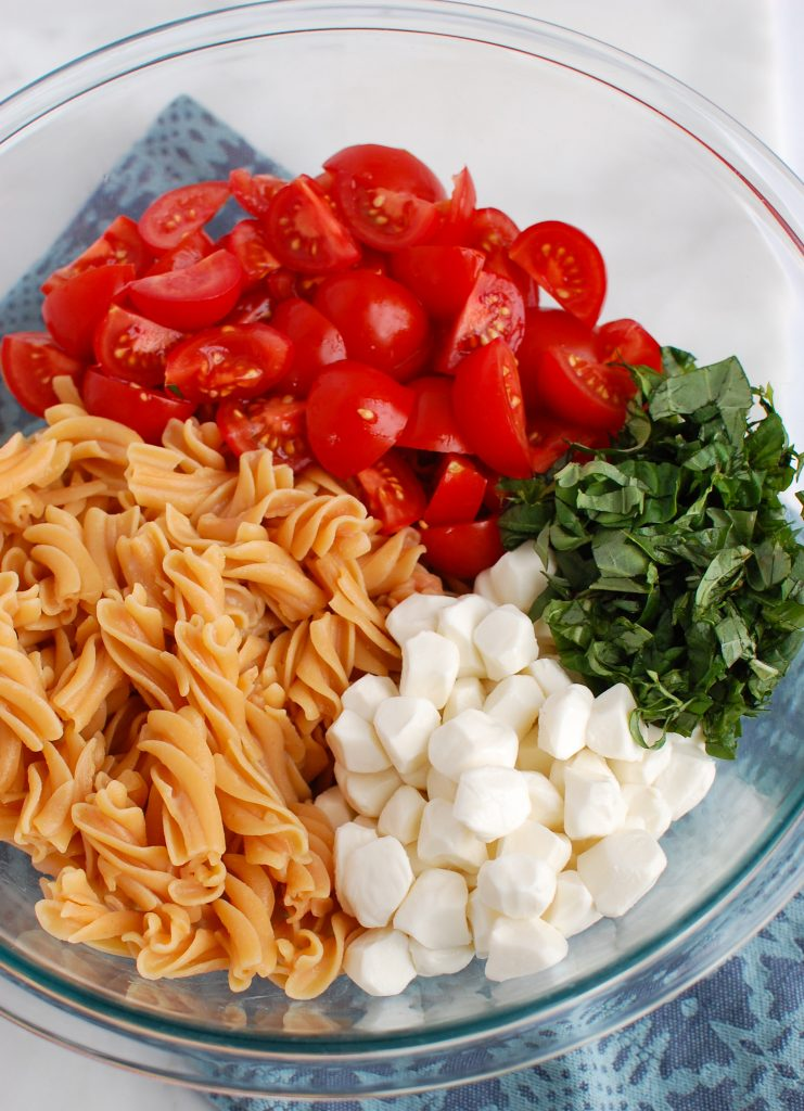 Caprese Pasta ingredients