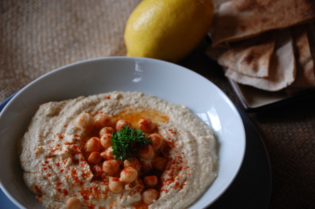 Hummus recipe from acedarspoon.com