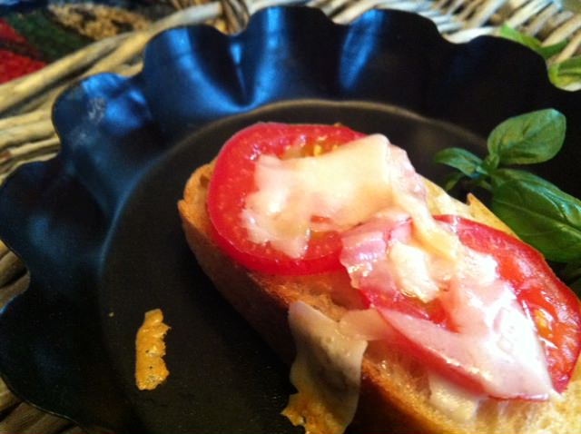 Tomato and Parmesan Toasted Baguette recipe
