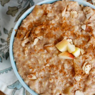 Slow Cooker Steel Cut Oatmeal in a bowl
