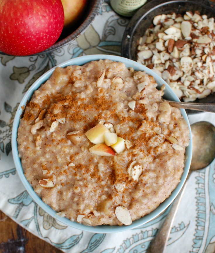 Slow Cooker Steel Cut Oatmeal with almonds.