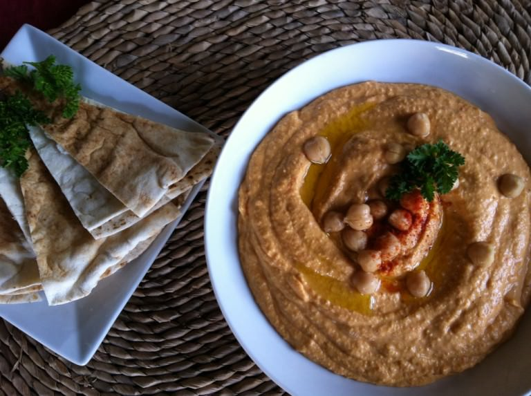 traditional Roasted Red Pepper Hummus
