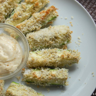 Baked Zucchini Fries are a delicious and easy way to add more healthy veggies to your life, and they are kid friendly!