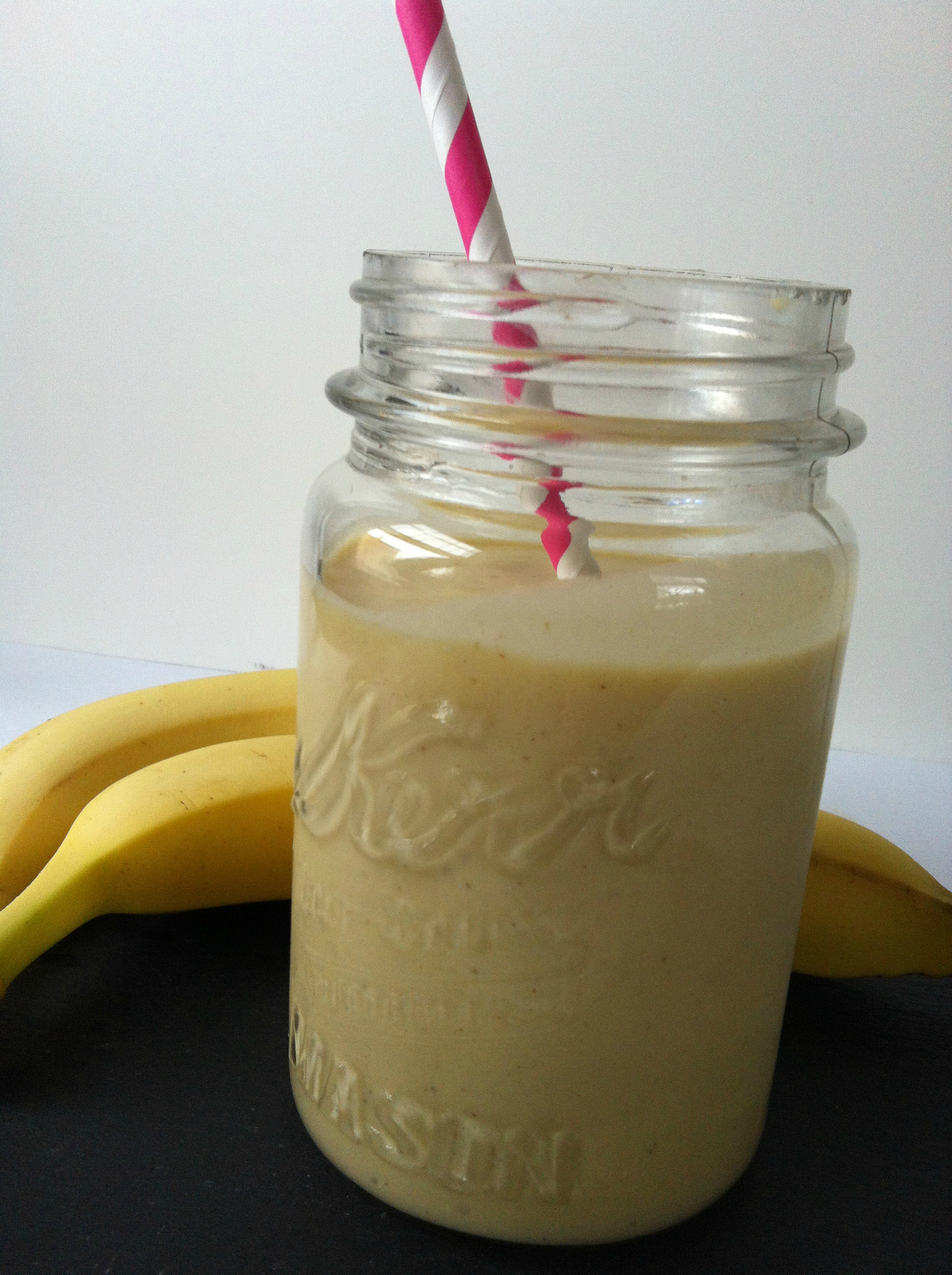 Mango Banana Oatmeal Breakfast Smoothie Recipe