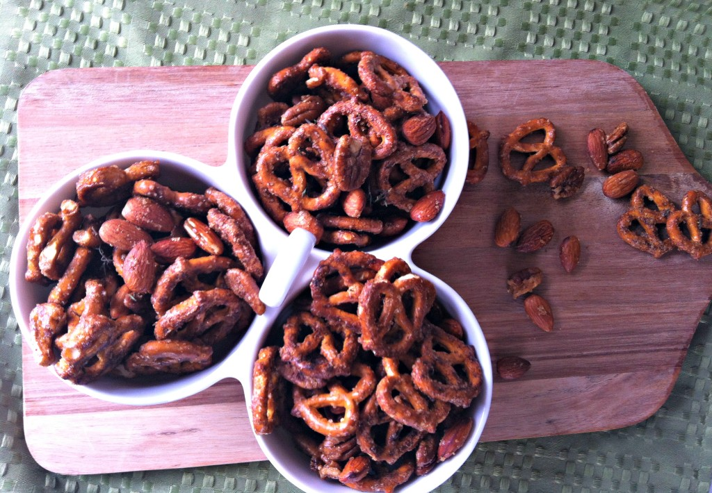 Sweet and Spicy Pretzels  Mix 4
