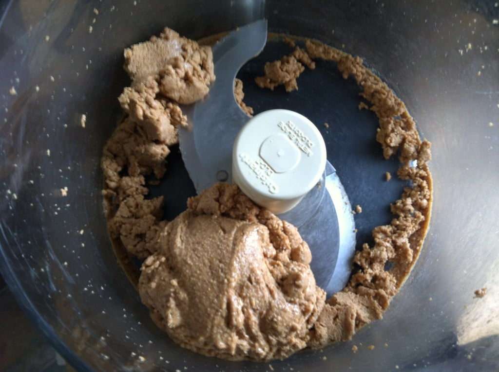 almond paste - How to Make Almond Butter