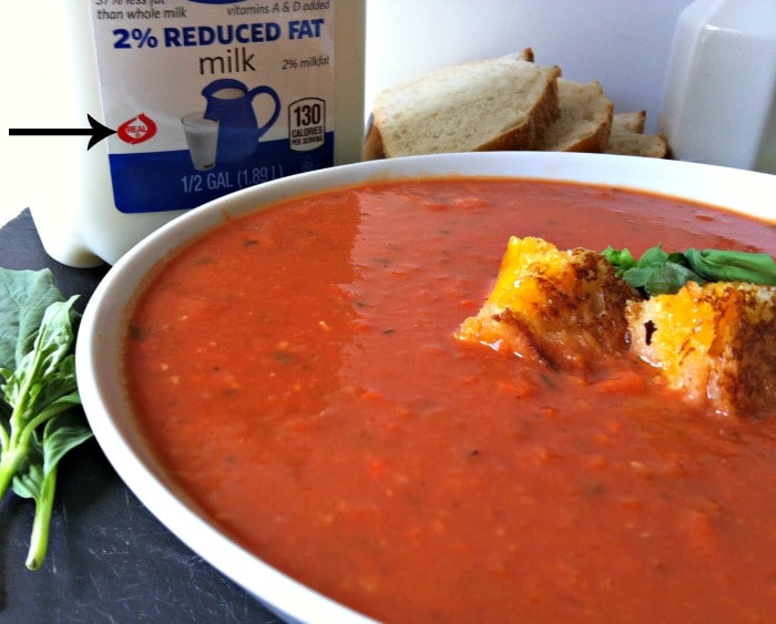 delicious Tomato White Bean Soup