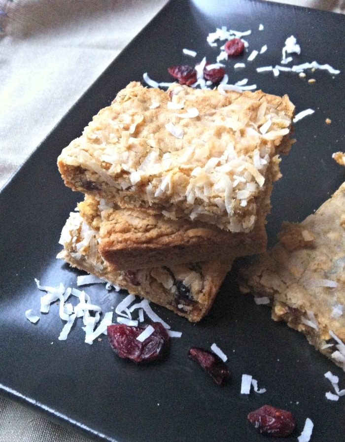 Chewy Coconut Cranberry Oatmeal Bars