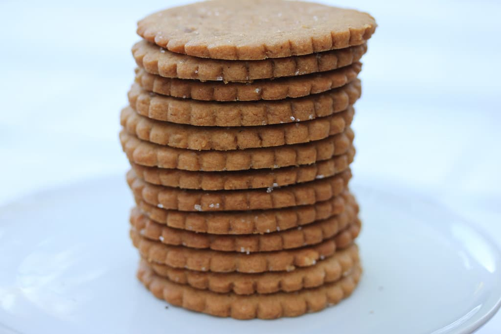 Ginger Snaps - 26 Delicious Holiday Treats