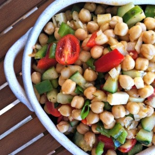 Mediterranean Chickpea Salad with Lemon Vinaigrette