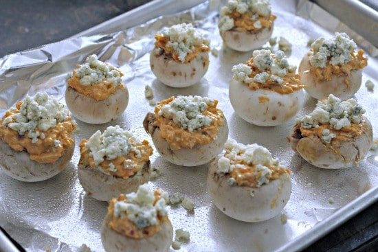 Buffalo-Chicken-Stuffed-Mushrooms-4a