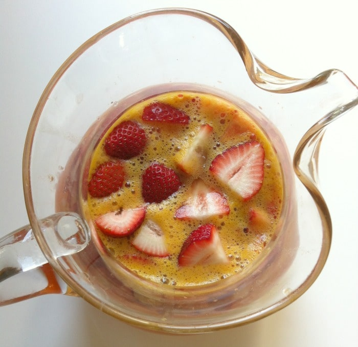 Strawberry Sangria // A Cedar Spoon