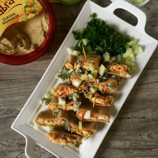 Buffalo Chicken Hummus Rollups