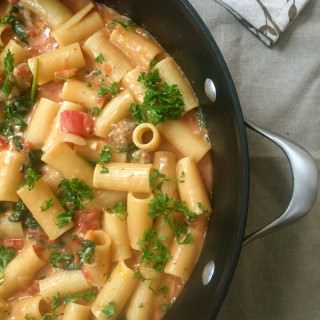 One Pot Cheesy Sausage Pasta