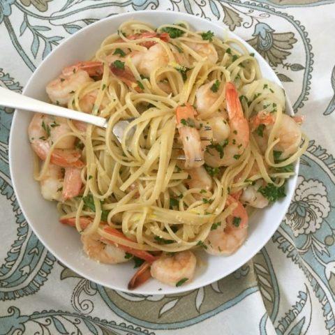 Lemon Garlic Shrimp Pasta with fork