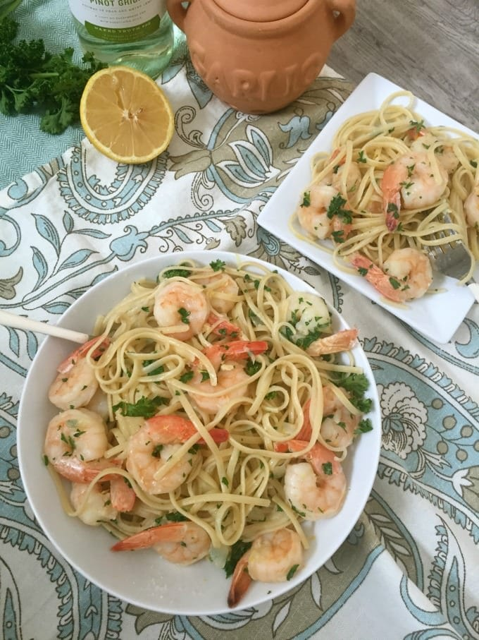 Lemon Garlic Shrimp Pasta with wine