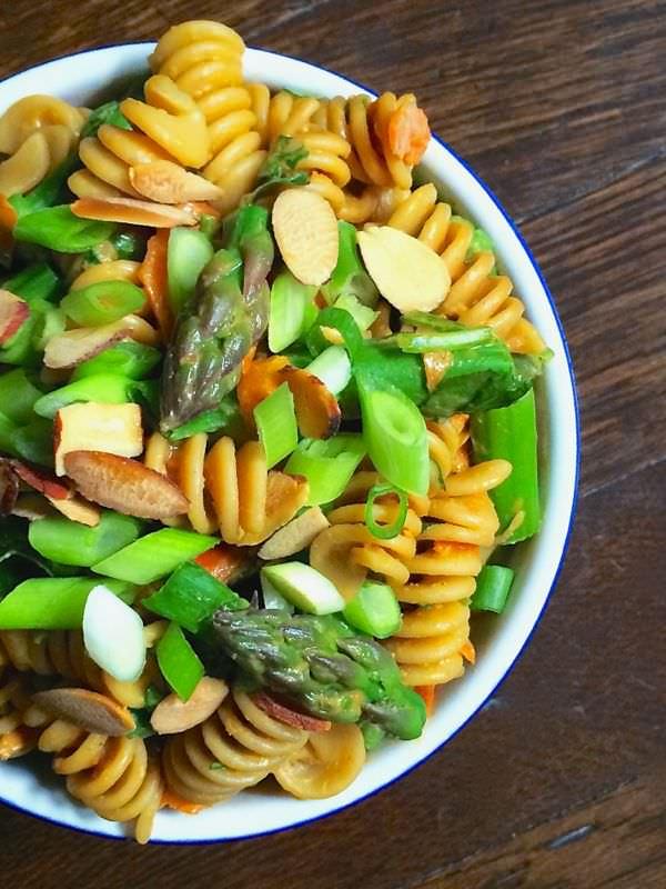 Asparagus-Pasta-Salad-with-Creamy-Peanut-Dressing-The-Lemon-Bowl