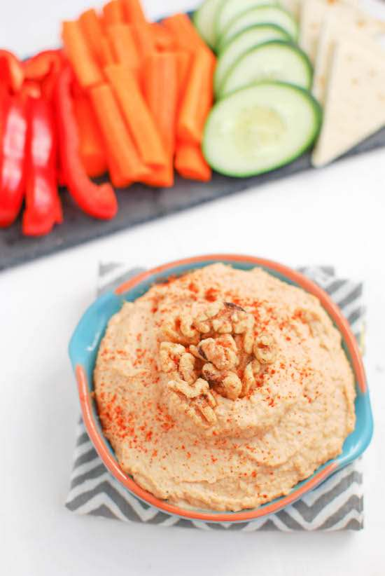 Spicy-Roasted-Garlic-Walnut-Hummus-2