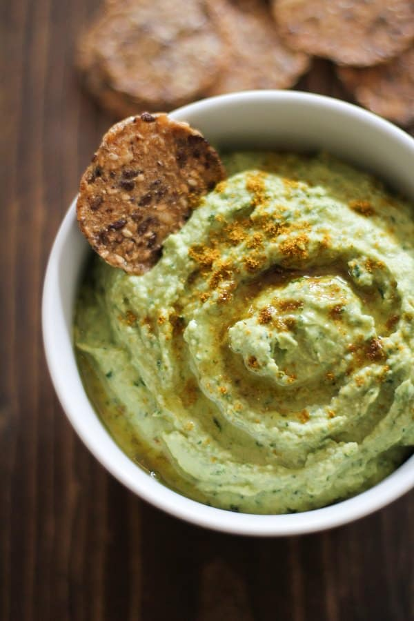 roasted_garlic_kale_hummus_and_let_them_eat_kale_giveaway_2