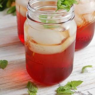 Spiked Pomegranate Iced Tea