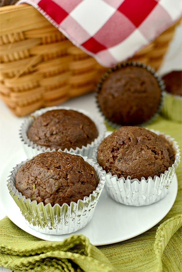 Healthier-Double-Chocolate-Zucchini-Muffins-08_mini