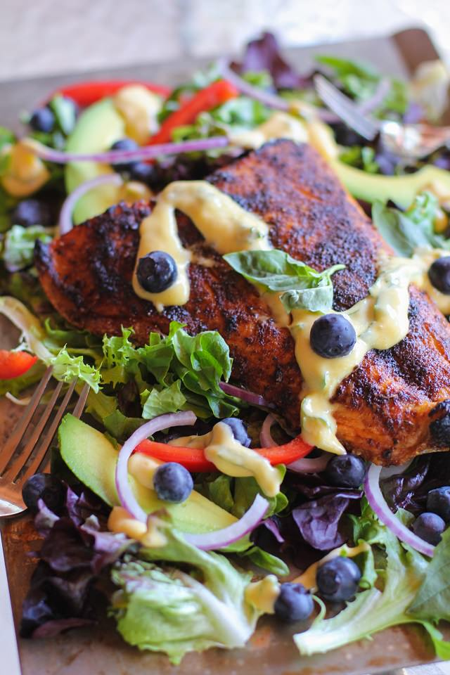 crispy_jamaican_jerk_salmon_with_mango_basil_vinaigrette_hero