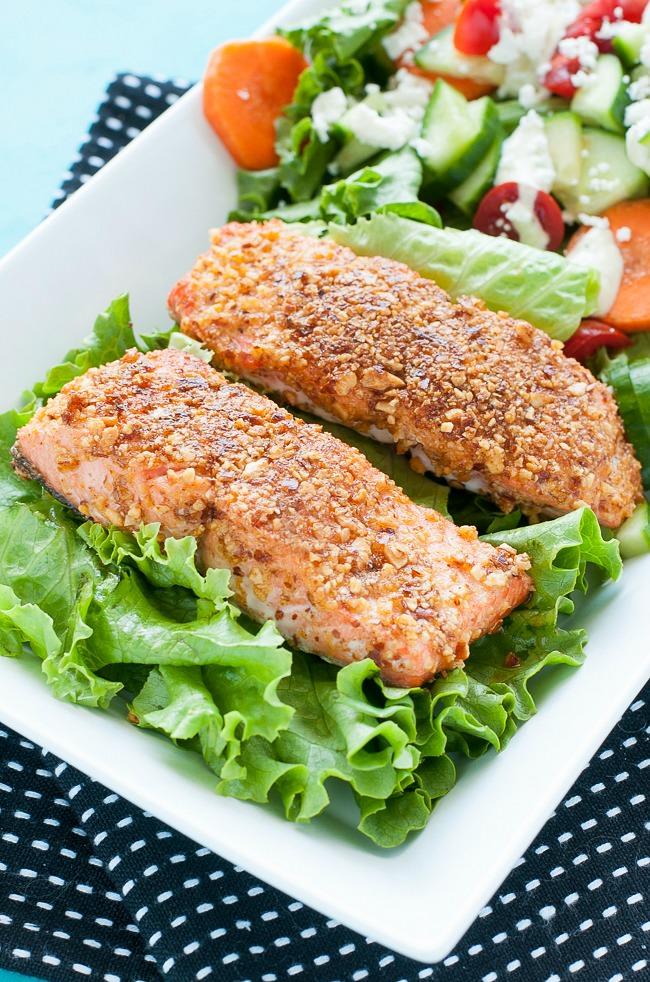 sriracha-almond-encrusted-salmon-recipe-2271xS