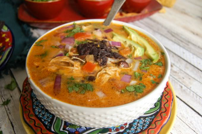 Slow Cooker Mexican Cheesy Chicken Soup - dinner!