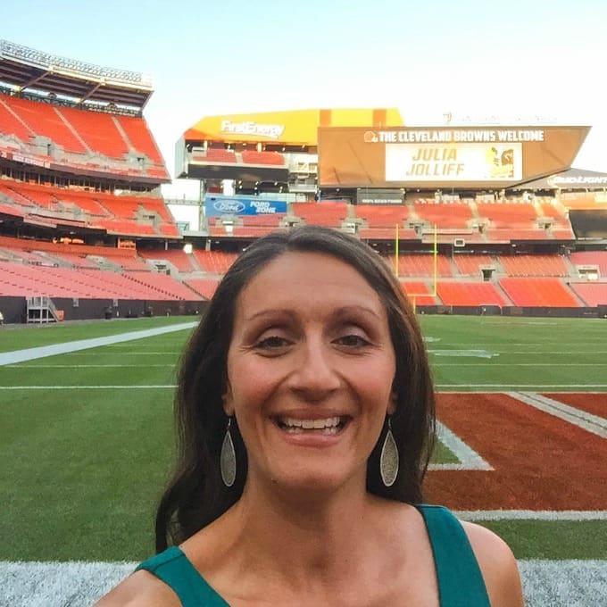 October 1 2015 Rachel Cericola 1 Comment: 1 Julia At Browns (1 Of 1)