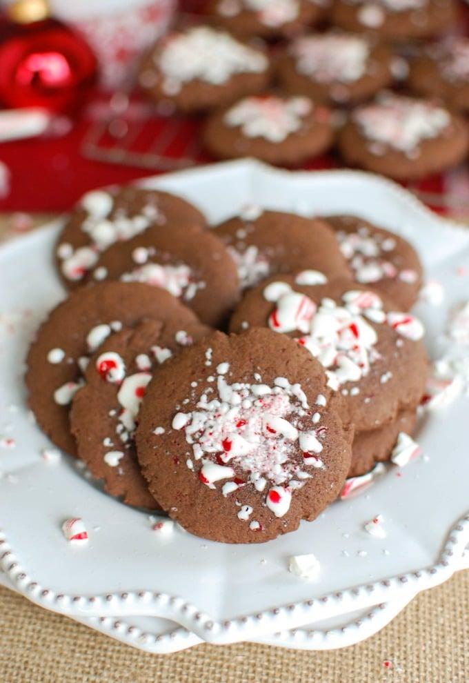 Easy Chocolate Peppermint Cookies - final cookies