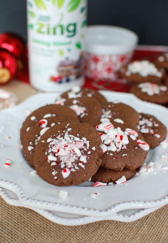 Easy Chocolate Peppermint Cookies - so festive!