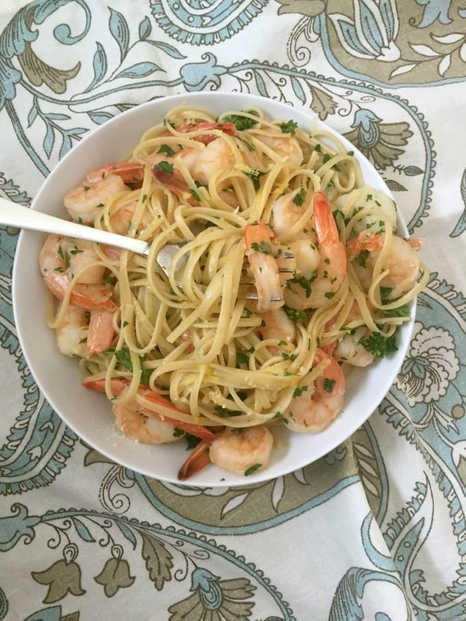 Lemon Garlic Shrimp Pasta with fork
