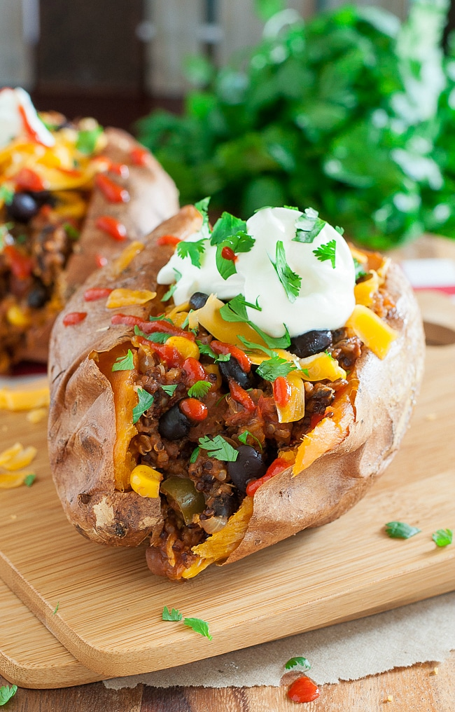 vegetarian-vegan-chili-stuffed-sweet-potato-recipe-650-0994xL
