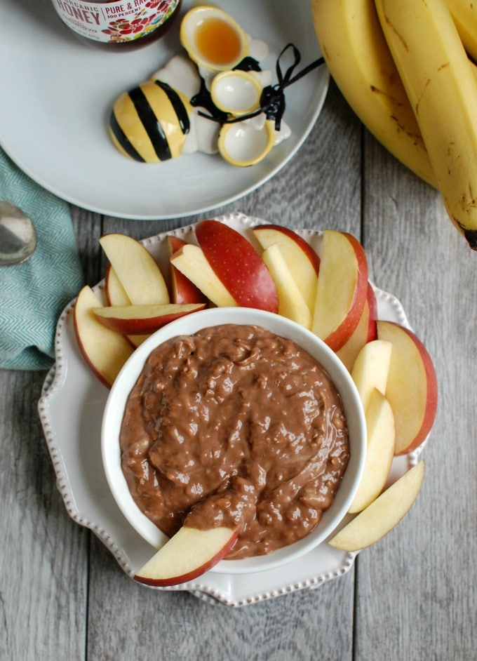 5 Ingredient Chocolate Banana Dip - dessert