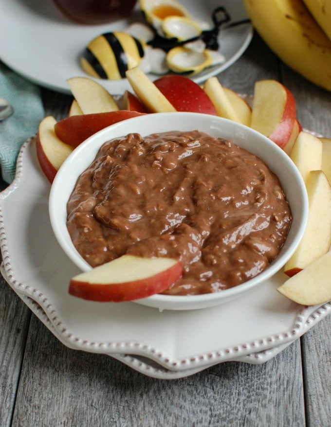5 Ingredient Chocolate Banana Dip - snack
