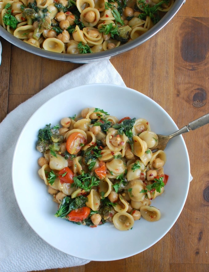 One Pot Kale Broccoli Chickpea Orecchiette Pasta - so good
