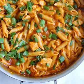 One Pot Chicken Enchilada Pasta - dinner