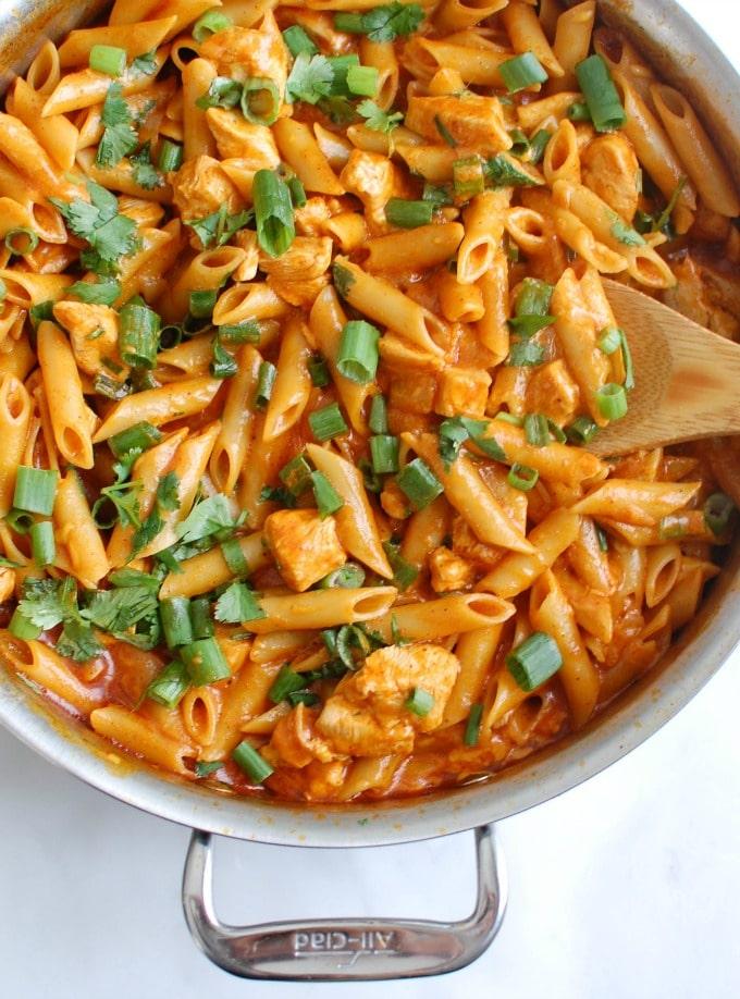 One Pot Chicken Enchilada Pasta - the best