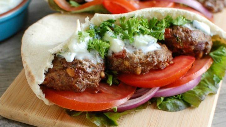 Mediterranean Burger with Mint Yogurt Sauce - easy dinner
