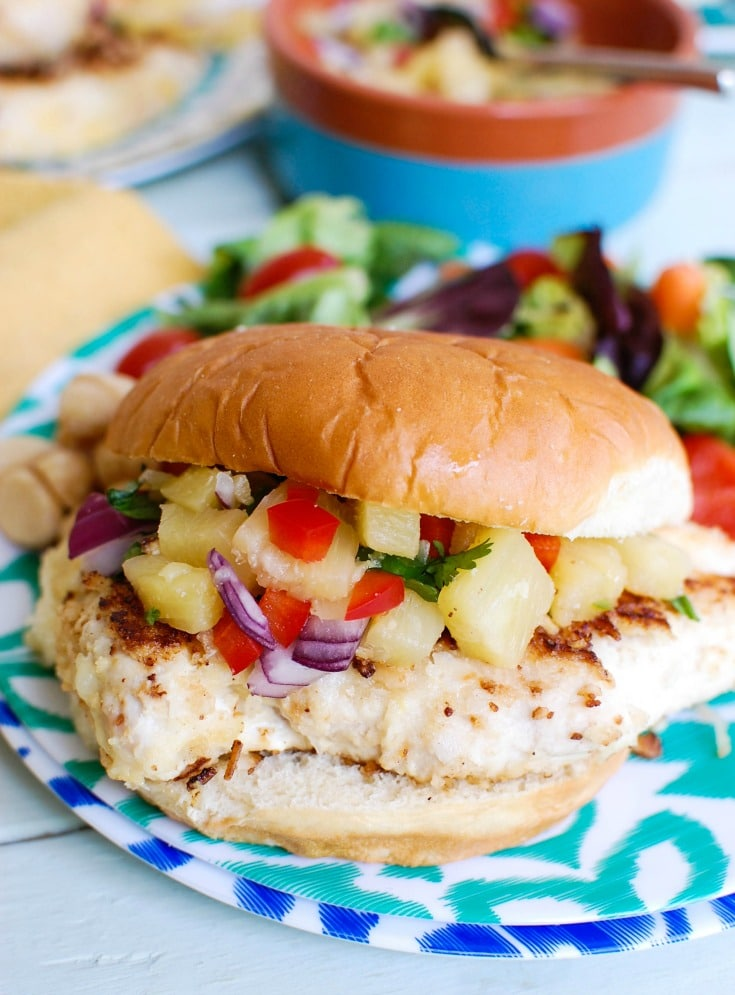 Macadamia Coconut Crusted Chicken with Pineapple Salsa make the perfect fresh, summer meal. A great weeknight meal!