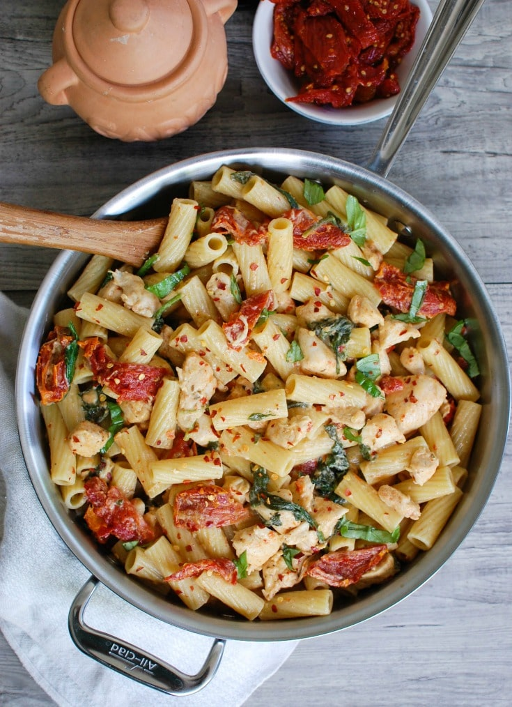Mozzarella Chicken Pasta with Sun-dried Tomatoes is an easy and delicious meal! A family favorite in my house!