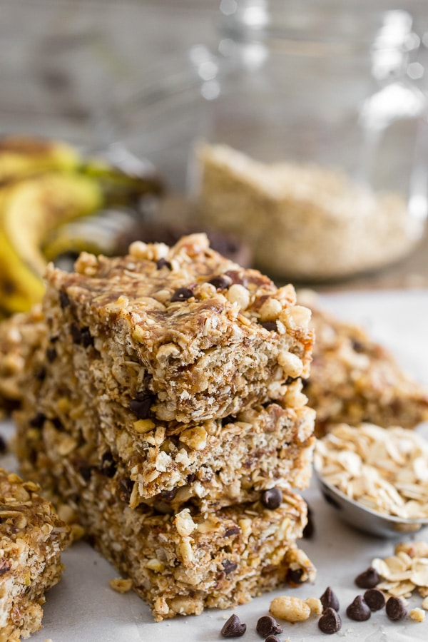 no-bake-peanut-butter-banana-chocolate-chip-granola-bars-5