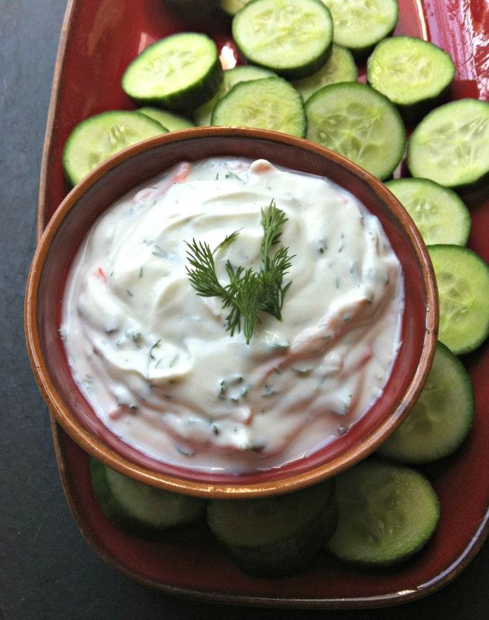 creamy-dill-greek-yogurt-dip