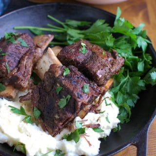 Slow Cooker Red Wine Short Ribs