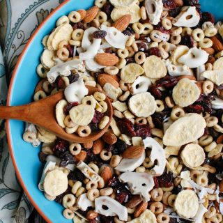 Easy Breakfast Trail Mix