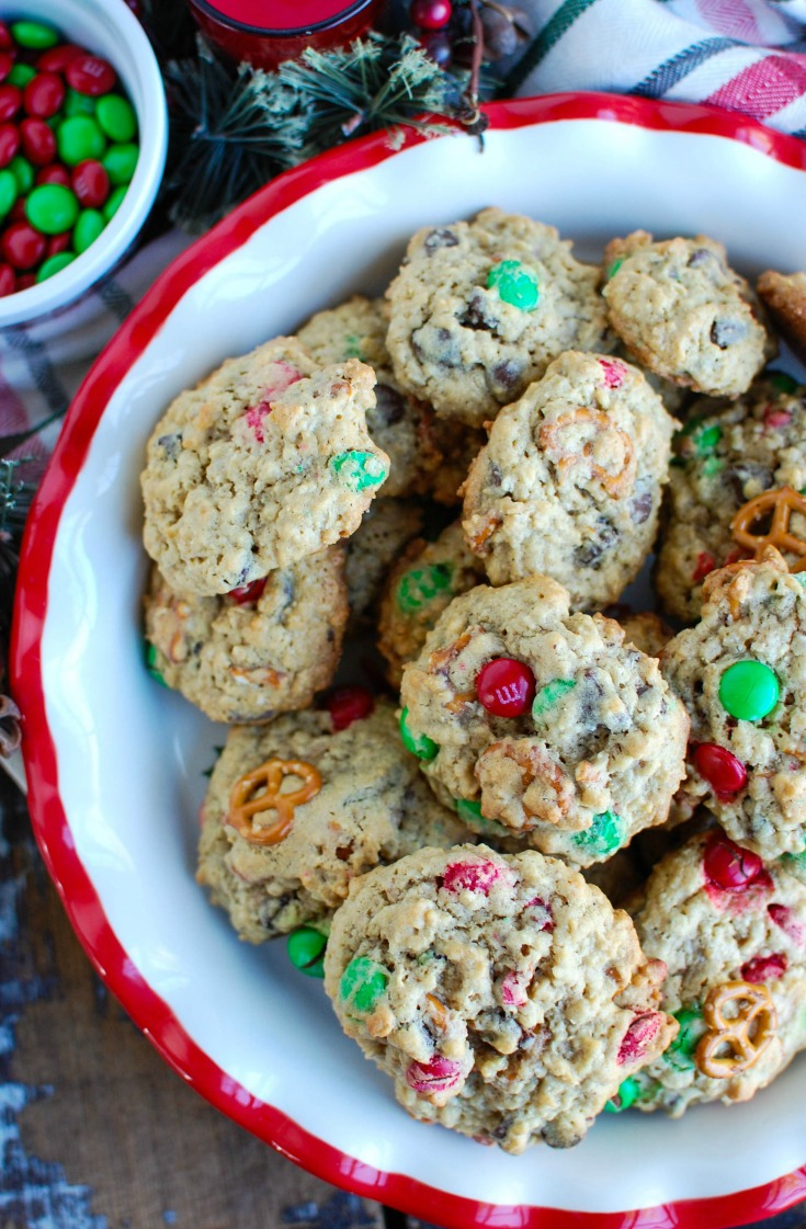 Peanut Butter Pretzel Chocolate Chip Cookies are made with creamy peanut butter and oats and loaded with pretzels, M & Ms andecholocate chips.These are a festive holiday cookie or perfect for any time of the year.