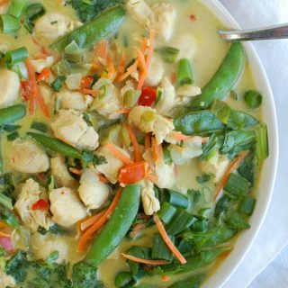 Easy Green Curry Chicken above