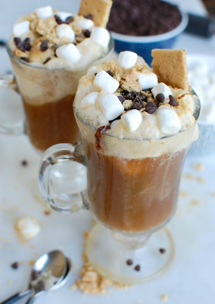 S'more A&W Root Beer Floats