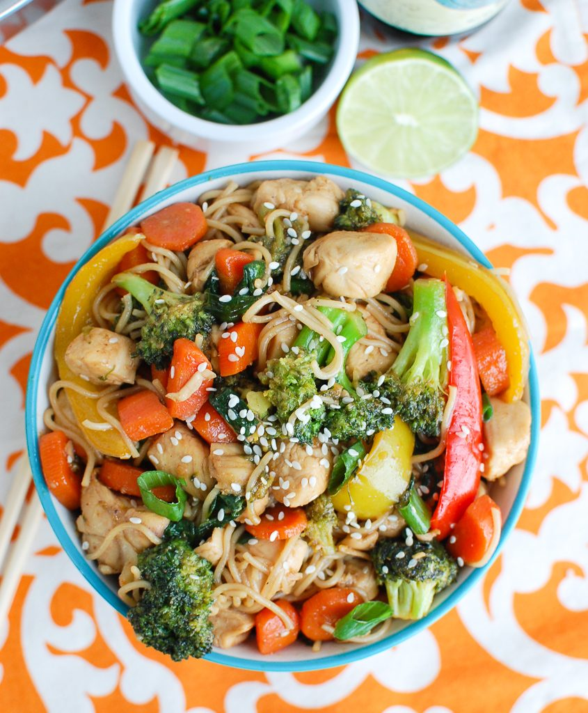 Easy Chicken Ramen Noodle Stir Fry Blue Bowl