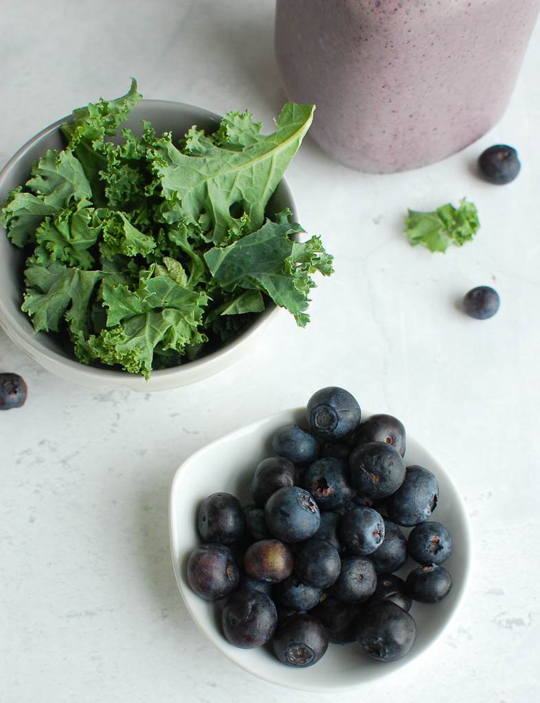 Blueberry Kale Smoothie Ingredients